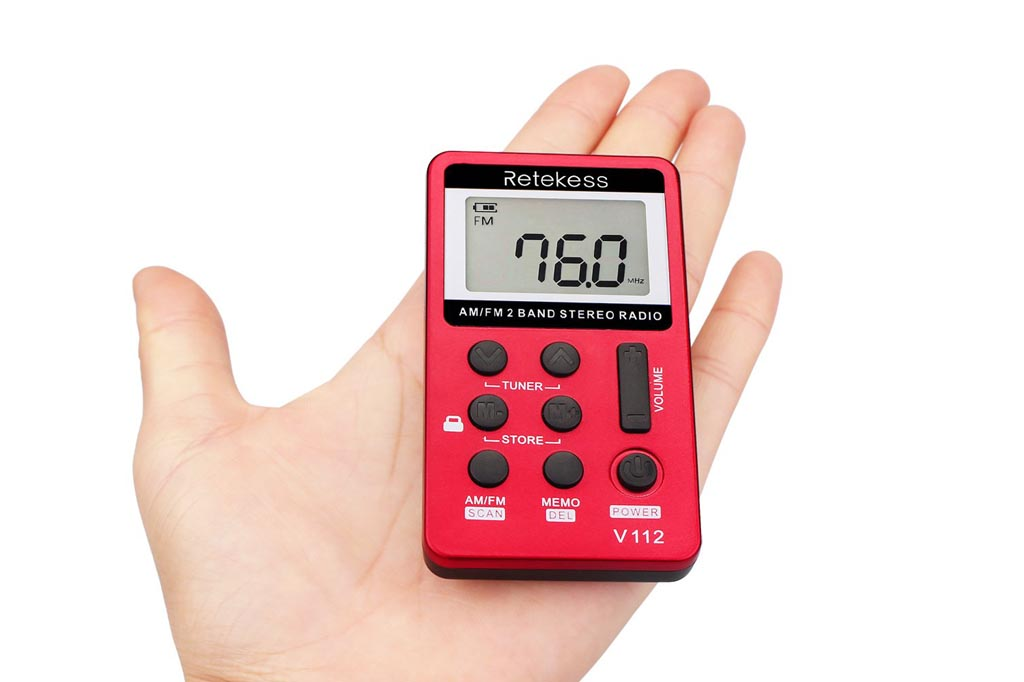 Retekess V112 Mini radio de bolsillo ultraligera AM / FM