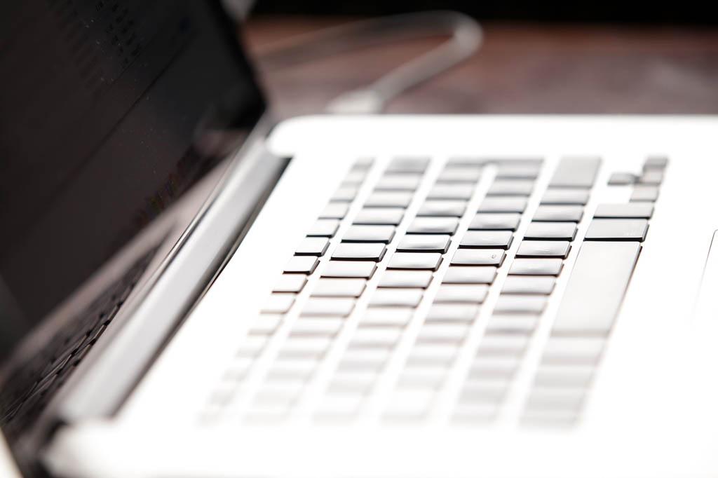 Comprar Ordenador Portátil sin sistema operativo instalado (2020)